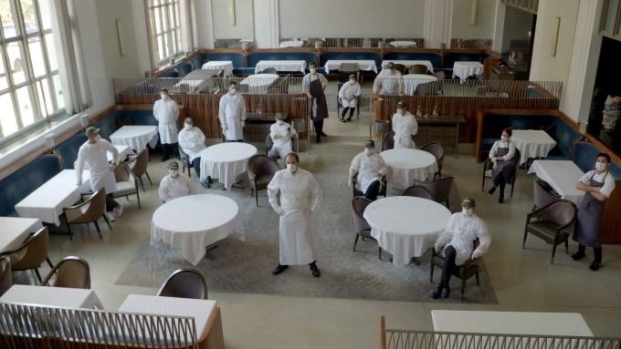 Nhà hàng Michelin thành nơi cung cấp thực phẩm cứu trợ