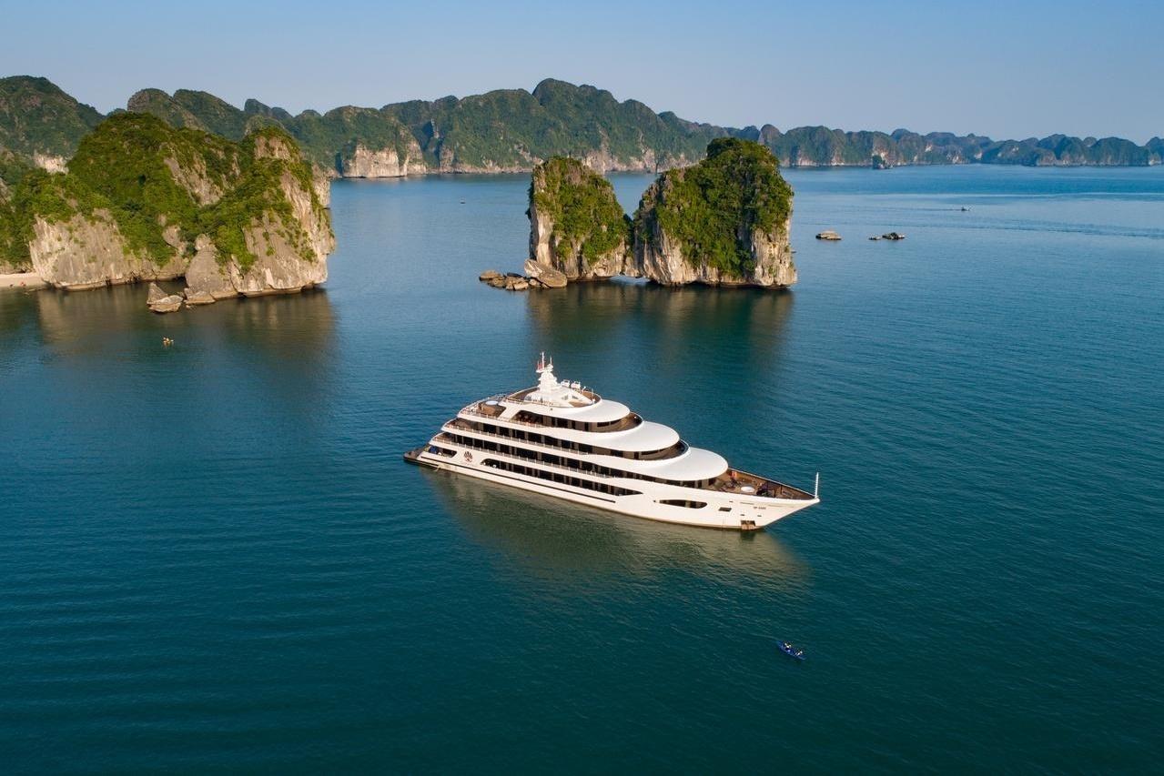 Lý do không nên bỏ lỡ du thuyền vịnh Hạ Long