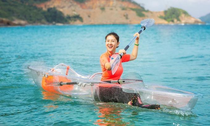 Kim Thư trải nghiệm Côn Đảo