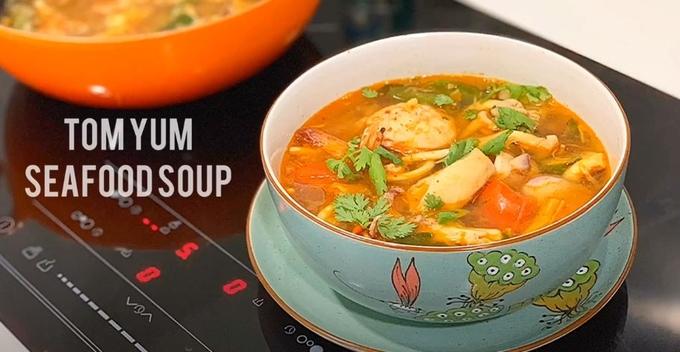 Cách nấu canh chua hải sản kiểu Thái