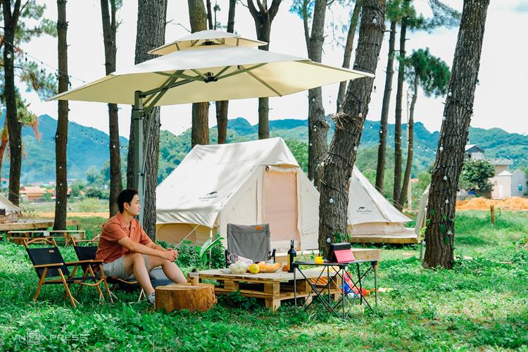 Cắm trại giữa rừng thông Mộc Châu