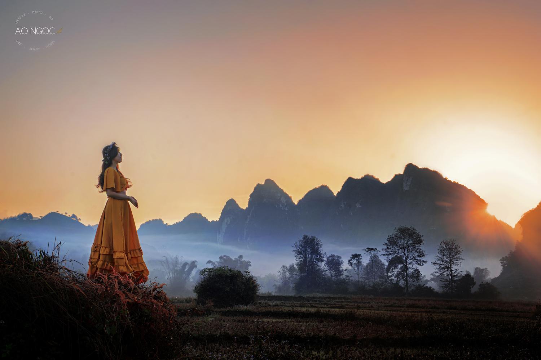 Nữ nhiếp ảnh gia tự chụp check-in ở 33 tỉnh thành