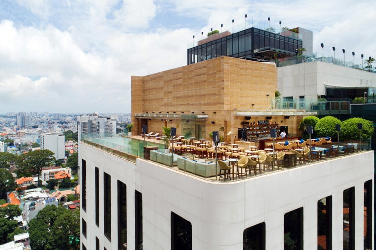Khách sạn 5 sao trên cao cách biệt giữa Sài Gòn